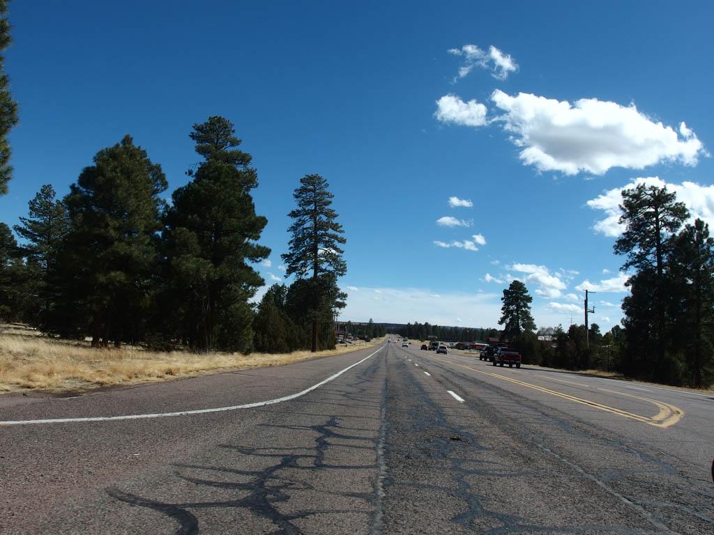 Arizona State Route 260 through the center of town